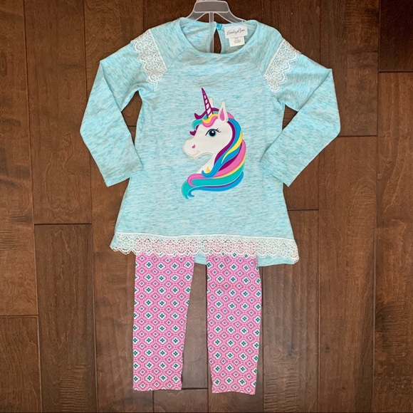 Emily Rose Other - Unicorn Appliqué Top and Leggings Set